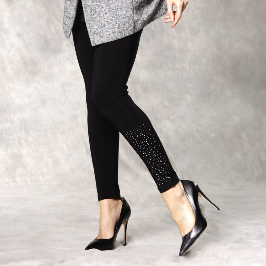8 Style Tips On How To Wear Leggings!